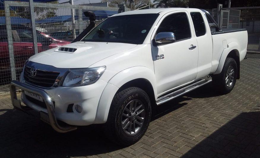 2012 Toyota Hilux 3.0d-4d Raider Xtra Cab P/u S/c