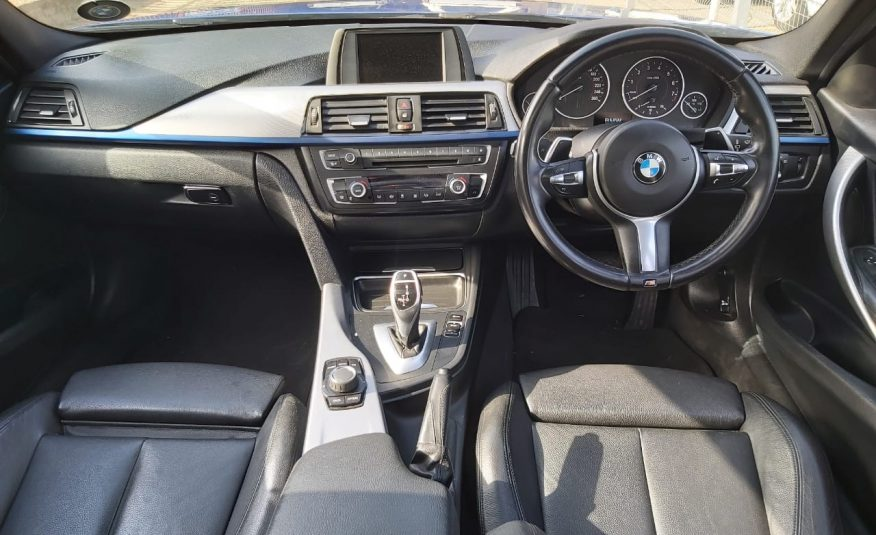 2014 BMW 3 Series 320i Sport Line (f30)