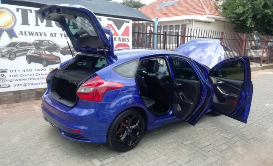 2014 Ford Focus 2.0 Ecoboost ST3