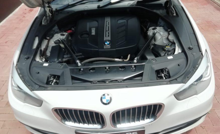 2015 BMW 5 Series Gran Turismo 520d