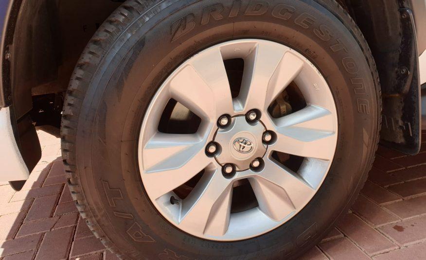 2017 Toyota Hilux 2.8 GD-6 RB Raider Double Cab Bakkie Auto