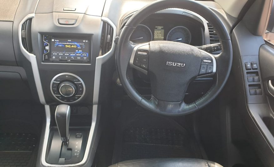 2016 Isuzu KB 300 D-Teq LX Auto Double-Cab