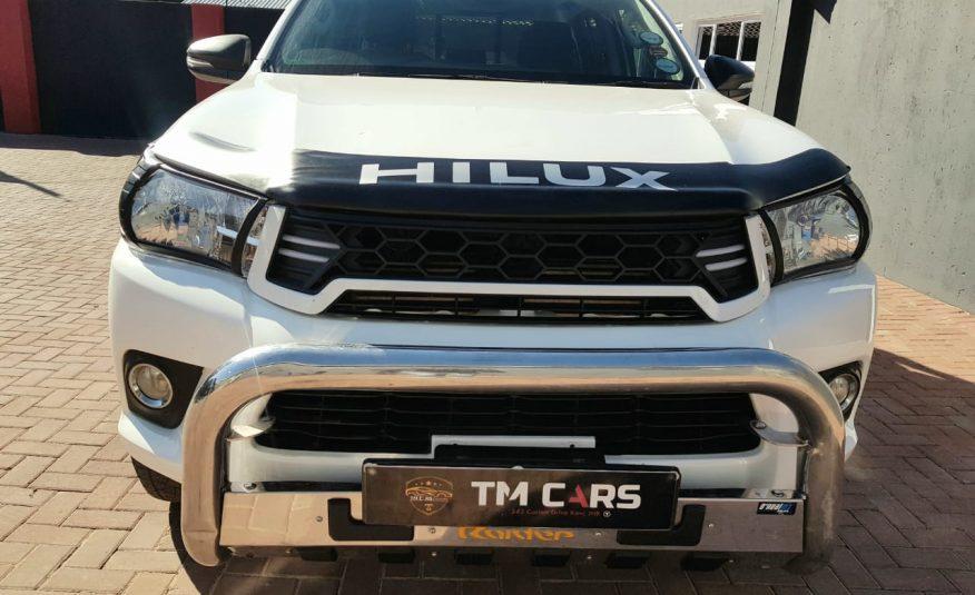 2017 Toyota Hilux 2.4 GD-6 Raised Body SRX Double-Cab