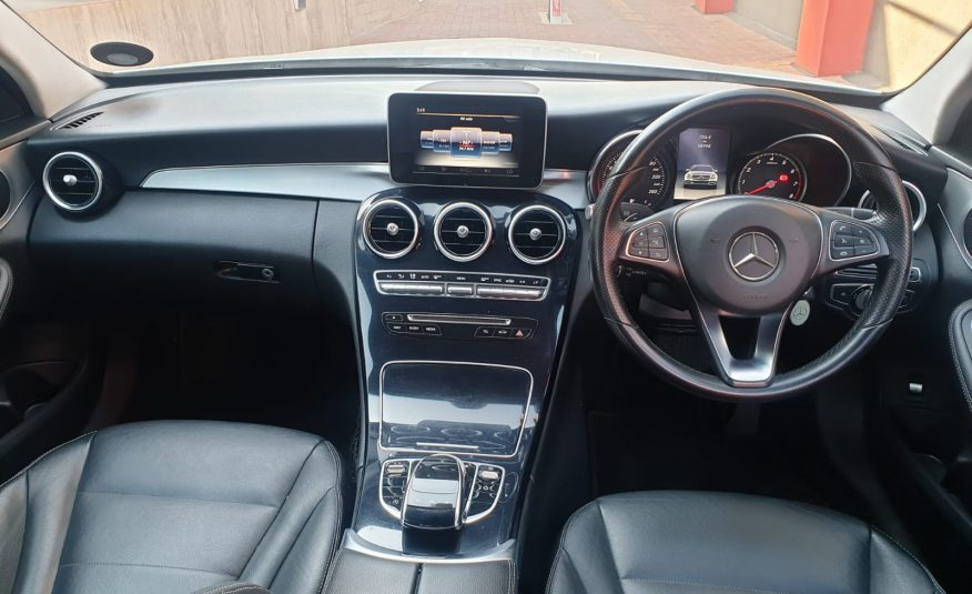 2015 Mercedes-Benz C-Class C 180 Auto