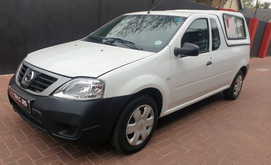 2018 Nissan NP200 1.6 A/C Safety Pack