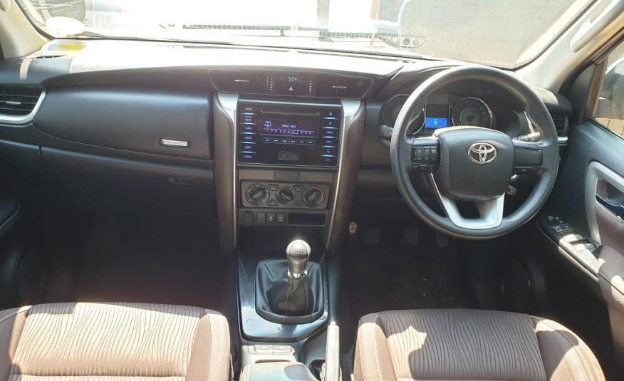 2016 Toyota Fortuner 2.4 GD-6 Raised Body